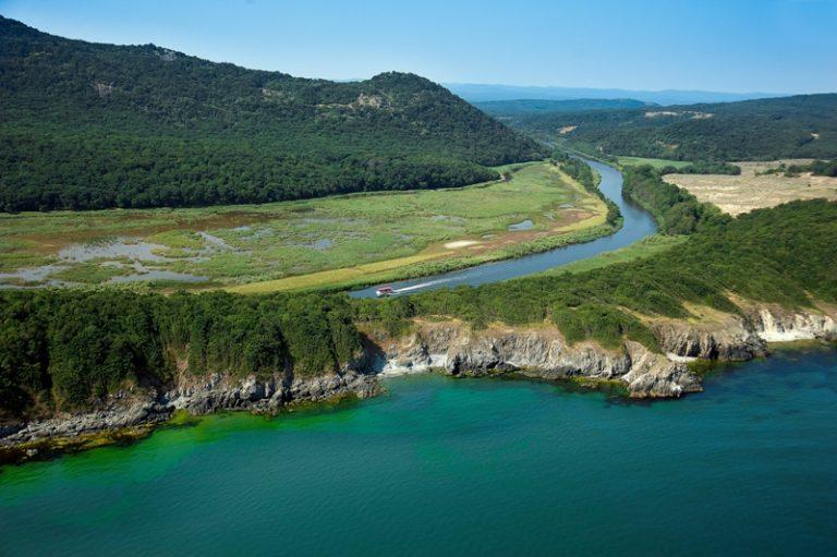Устието на река Ропотамо